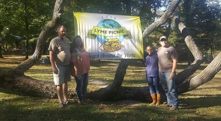 tennesse-lyme-picnic-by-becca-moses-6